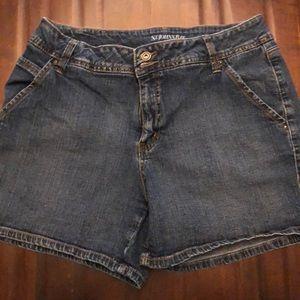 Women's denim shorts size 12 St. John's Bay